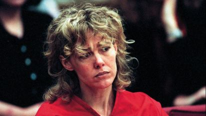 Mary Kay Letourneau, jailed in rape scandal, dies