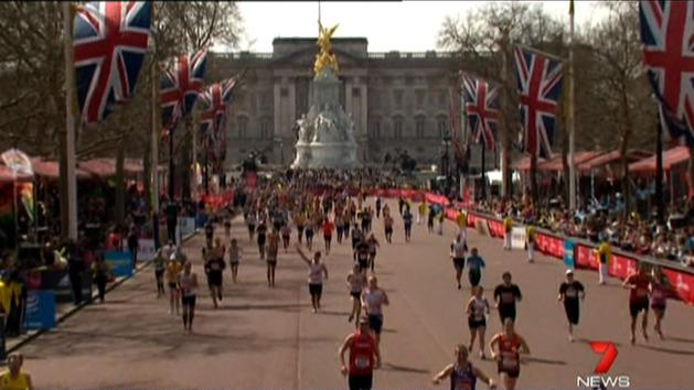 London Marathon pays tribute to bombings