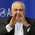 Iranian minister makes public prisoner swap offer to US