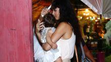José Loreto e Débora Nascimento comemoram aniversário da filha e aparecem abraçados em vídeo