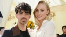Sophie Turner Revealed the Extremely 2016 Way She and Joe Jonas Actually Met