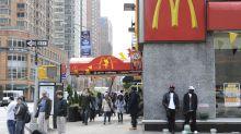 Trabajadoras de McDonald'se unen a #MeToo con demandas por acoso sexual