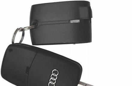 Freedom Input's Bluetooth GPS receiver hangs on your keychain