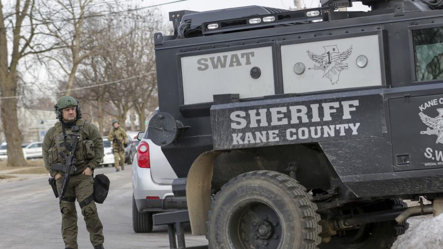Aurora, Ill., shooter illegally possessed gun: Police