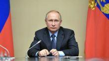 Anti-gay 'vote Putin' video goes viral in Russia