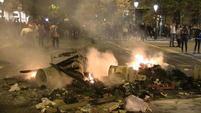 """Spagna, Sanchez oggi in Catalogna: """"Torra condanni le violenze"""""""