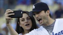 Ashton Kutcher pilló a Mila Kunis viendo algo indebido y más en los videos de la semana