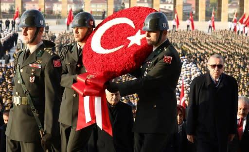 Siete soldados turcos mueren en explosión de municiones.