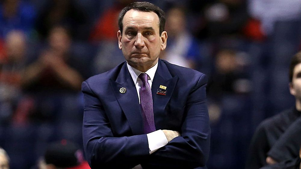 Duke coach Mike Krzyzewski to have knee replacement surgery