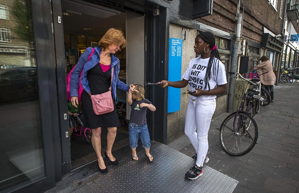 The Netherlands calls on immigrants to take part in Dutch society, through work or study (AFP Photo/Remko de Waal)