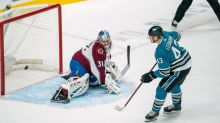 After blowing lead, Avalanche look to even series with Sharks