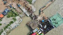 Bangladesh: malgré la pandémie, les ouvriers se ruent au travail