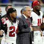 See all NFL teams' and owners' responses to Donald Trump's comments, and who hasn't commented