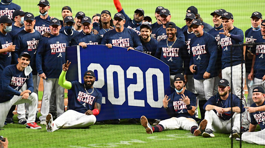 Braves and Dodgers win NL titles, Tribe and Cubs clinch MLB playoff berths