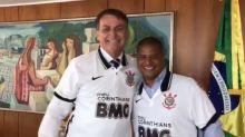 Marcos sai em defesa de Marcelinho Carioca por encontro com Bolsonaro: 'Você presenteia quem quiser'
