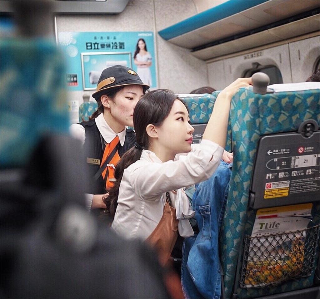 網神到高鐵最美乘務員「女神級」辣照超吸睛