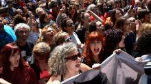 """Tribunal español justifica la libertad de """"La Manada"""" en pérdida del anonimato de los agresores"""