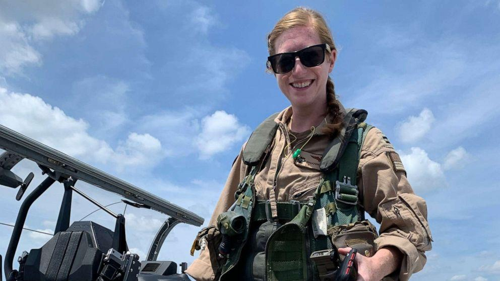 navy-identifies-flying-instructor-and-student-killed-in-military-plane-crash