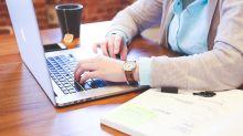 Funcionários de escritórios podem perder até 2,5 quilos se ficarem de pé em vez de permanecerem sentados