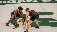 Michigan State wrestling opens season with tri-meet split against Minnesota, Maryland