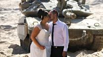Headlines at 7:30: Israeli couple poses for wedding photos on Israeli-Gaza border