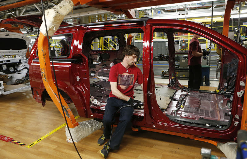 fiat chrysler to spend 5 billion euros in italy to fill plants, keep