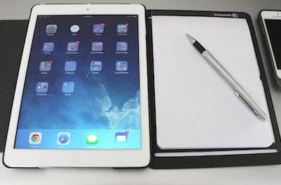 Booqpad: Combining iPad tech with good old paper