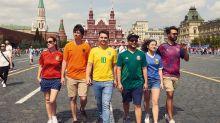 Grupo ativista faz protesto contra leis anti-gays na Rússia da melhor maneira