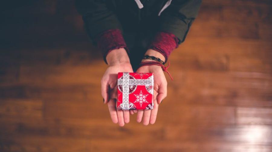 Britânicos gastam R$ 2 bi com presentes de 2ª mão