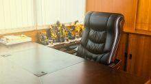 Boeing CEO Loses Board Position amid 737 MAX Crisis
