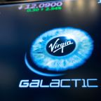 Virgin Galactic posts loss, Sir Richard Branson expected to fly in beginning of 2021