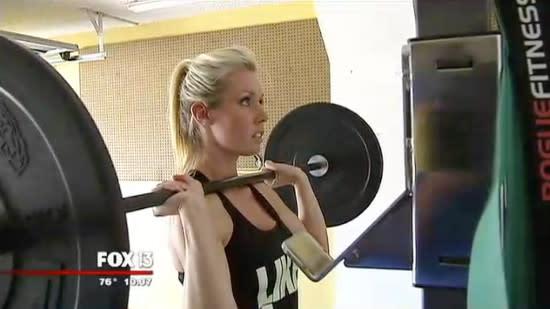 Hot milf seduces trainer at gym