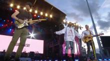 Watch Coldplay, Ariana Grande Cover Oasis at One Love Manchester
