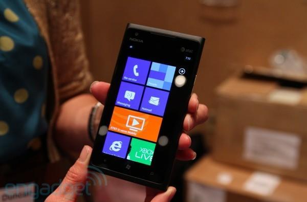 Windows Phone 8 reportedly coming to 'all' WP smartphones (updated)