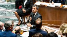 """Gérald Darmanin demande aux préfets de """"reconduire systématiquement"""" les """"étrangers"""" menaçant l'ordre public"""