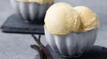 Cyril Lignac dévoile sa recette du dulce de leche, glace vanille, coco, et c'est à tomber