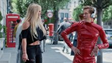 Oops He Did It Again: Kevin Bacon Transforms Into Britney Spears On His Latest Stroll