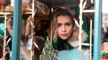 Emilia Clarke nos contagia magia navideña al son de George Michael en el tráiler de 'Last Christmas'