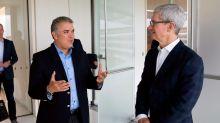 Duque sale de su reunión con Apple con compromisos en educación tecnológica