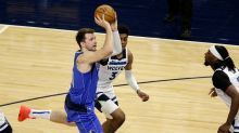 Edwards, T-wolves beat playoffs-bound Mavs 136-121
