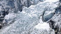 Avalanche causes deadliest day in Mount Everest history