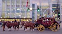 Well's Fargo Stage Coach Rolls Into Omaha for Berkshire Meeting