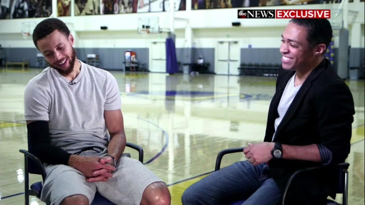 Good Morning America Home Invasion Interview : Warriors star steph curry appearing on good morning