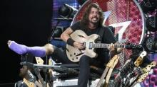 Dave Grohl Brings His Foot Surgeon On Stage to Perform 'Seven Nation Army'