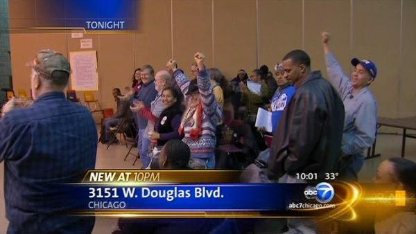 Fight over CPS school closings heats up