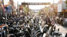 'We chose to be here': Thousands defy coronavirus to attend annual motorcycle rally in South Dakota's Sturgis