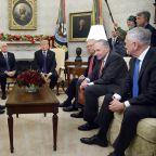 Trump, Democrats Deserve Equal Blame for Government Shutdown, Poll Says