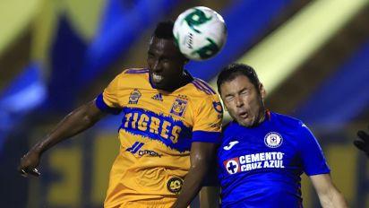 Los cuatro errores y único acierto de Tigres en su derrota 1-3 ante Cruz Azul