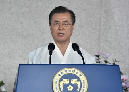 SK Pres Moon calls for dialogue with Japan to resolve trade row