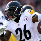 Business of Football: The Steelers Should Secretly Want Le'Veon Bell to Hold Out